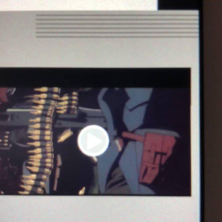 新時代 #アニメ #原画集 「E-SAKUGA 人狼 JIN-ROH」より。映像では一瞬のところも、これだけ丁寧かつ執念深く動きが手描きで描いています #iBooks