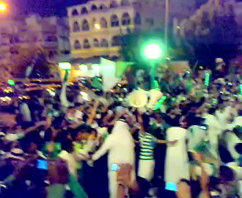 شعبية خالد بن عبدالله تساوي اضعاف مضاعفه...