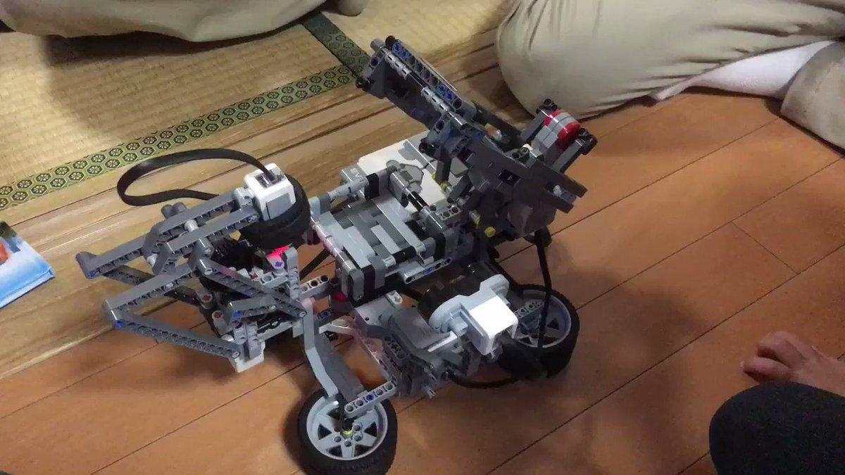 はとこが趣味で作ったLEGOのルービックキューブ揃える機械がハンパなかった件www  全部LEGOで出来てるんだとw   #LEGO