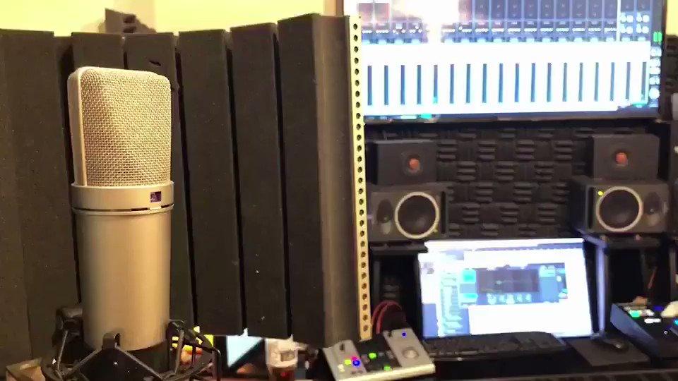 Aimerさんのカタオモイをちょっと歌ってみました  (録ったやつそのまま流してるので聞き辛かったらごめんなさい)  大好きな曲です きいてください