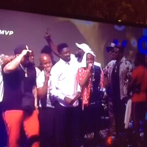 African artiste of the year goes to 'FIA...
