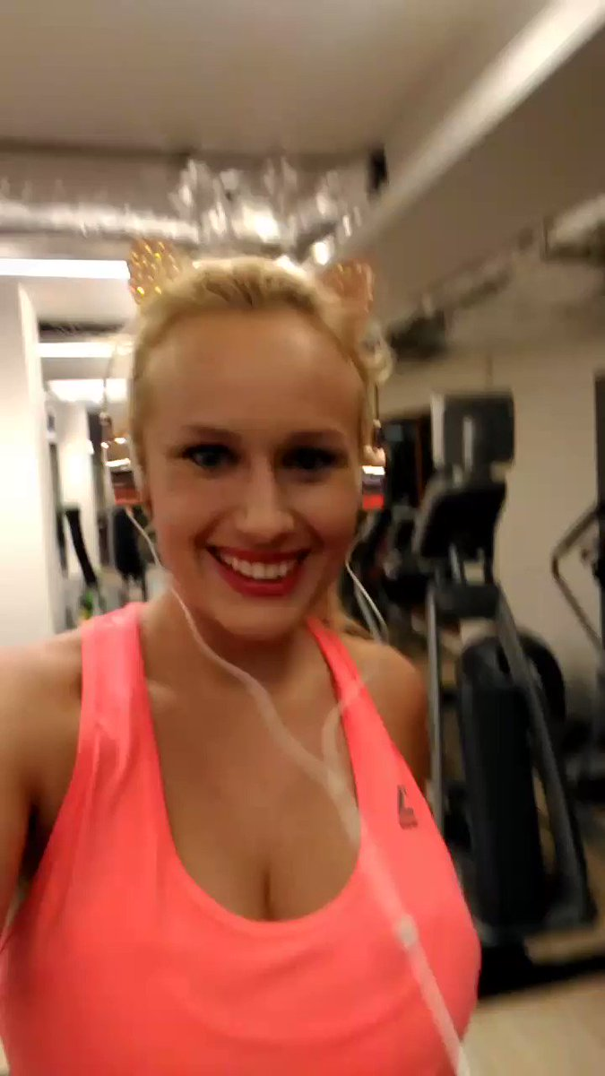 "Angel Wiky angel wicky's tweet - ""hello from fitness center"