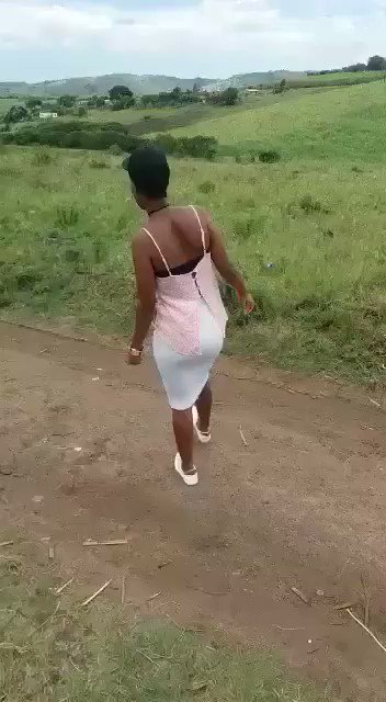 RT @FionaBlaze_: Haibo ngaze ngahleka 😭😭😭😂😂😂 https://t.co/APWIkFsD3z