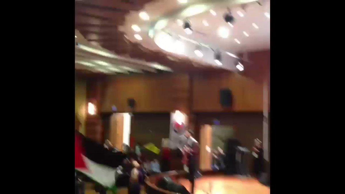 RT @grupyuruyus: Tuzla'da #Kudüs ve #intifada coşkusu...   #FreePalestine #FreeQuds https://t.co/MBn8bDDEaA
