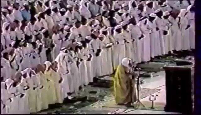 قال تعالى ( قل إن كان للرحمن ولد فأنا أو...