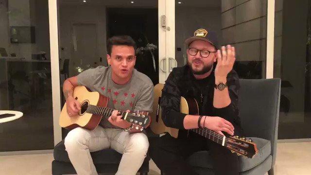 RT @ELRINCONVLLENAT: Silvestre Dangond cantando Despierto en Guitarra VIDEO COMPLETO--> https://t.co/0ZXb5rrjGD https://t.co/cX1WtT92sR