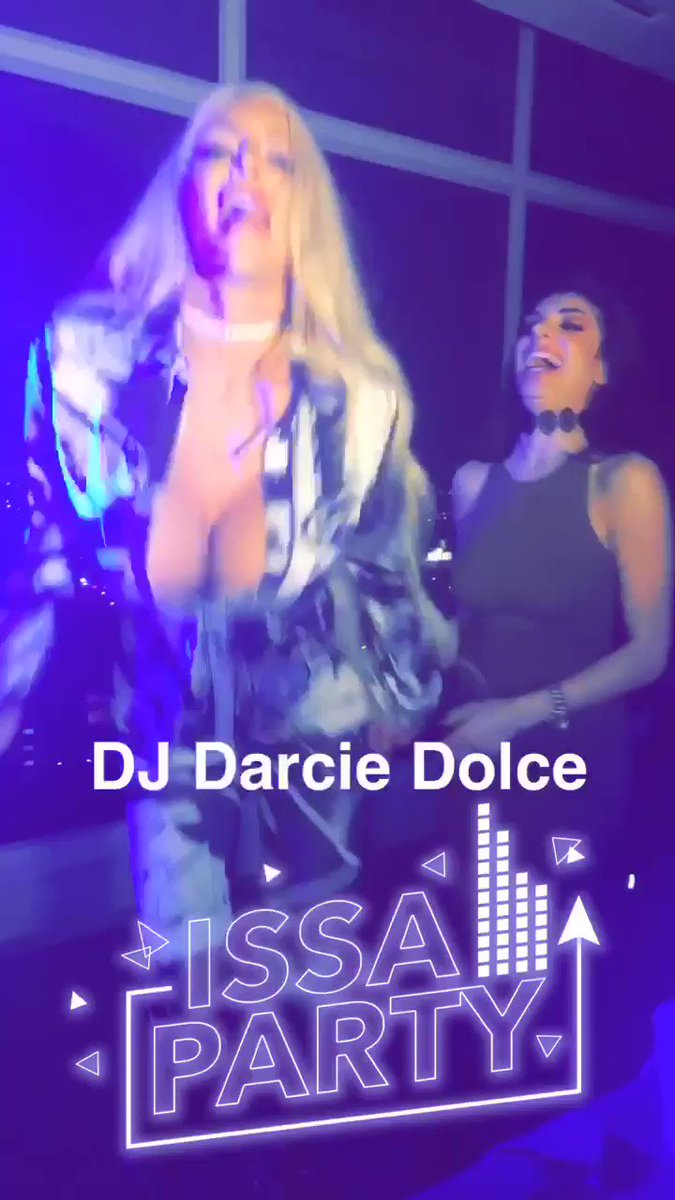 Nicolette Shea  - Go Darcie Go twitter @Nicolette_Shea