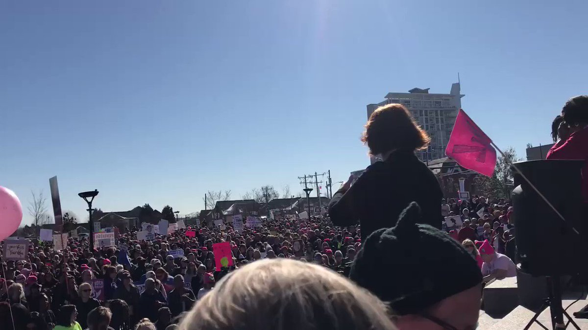 RT @funder: Charlotte is woke! #WomensMarch2018  #TrumpShutdown #TheResistance https://t.co/N6TocUU9sQ