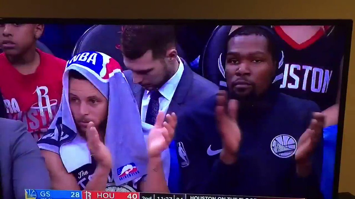 RT @World_Wide_Wob: Synchronized NBA Players, Volume XVI:  Steph and Durant are pleased 🏊🏽♂️🏊🏽♂️  (h/t @Sgreffen) https://t.co/zSSVHU5XcH
