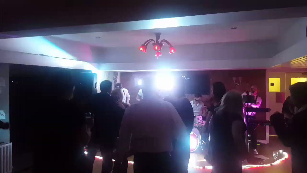 Thanks to everyone who supported our end of year party @DowerHouseHotel last night. Great food and live music from City Walls and lots of fantastic raffle prizes from Knaresborough businesses. Well done for organising @keysknaresboro and @StephenTeggin https://t.co/FQrfEKi4pc