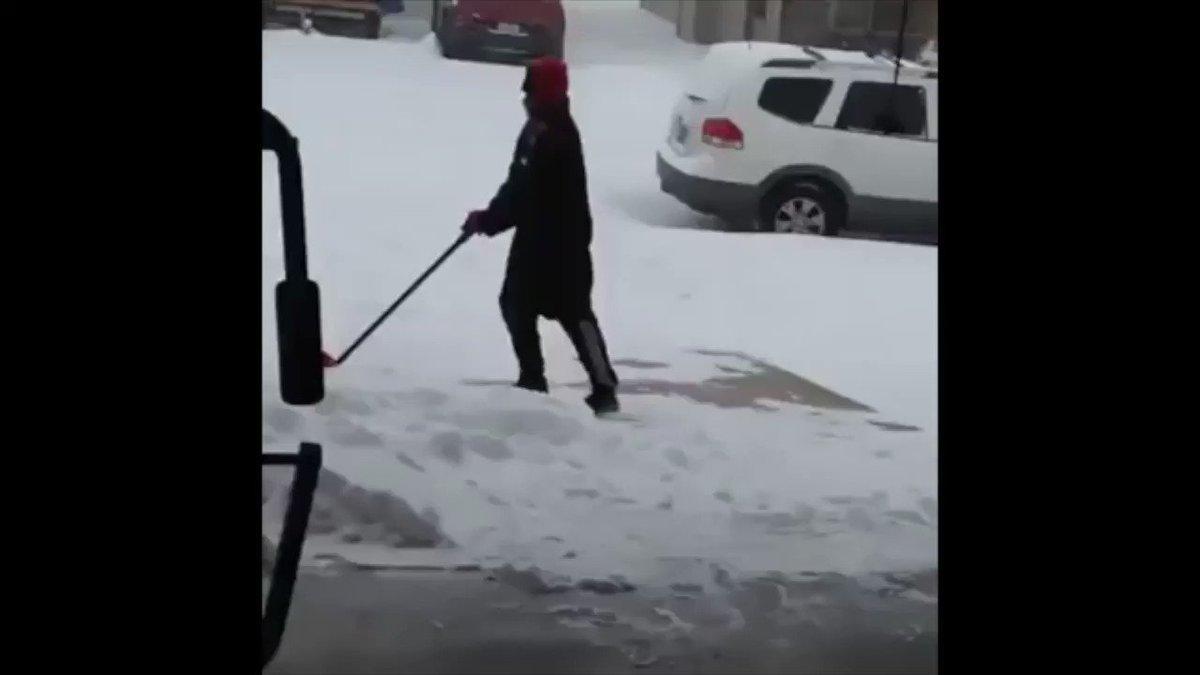 大雪の季節になると、必ず頭をよぎる伝説のおじさんがいるんですよ。