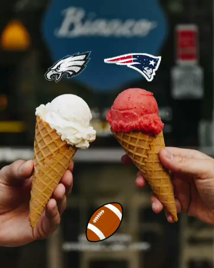 It's Super Bowl Sunday! 🏈 Time to come enjoy some organic gelato before the big game & pick up some delicious Bianco pints for tonight.