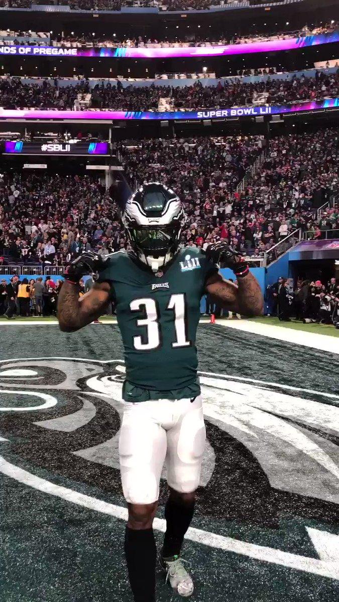 RT @Eagles: .@greengoblin ready.   #SBLII | #FlyEaglesFly https://t.co/K2hbUjSCwK