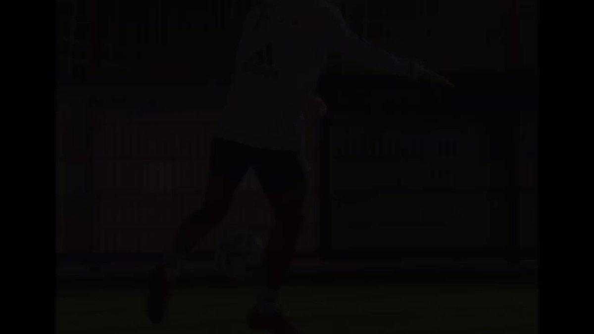 Ready! 🚀 @FCBayern https://t.co/XBUCjGkj...