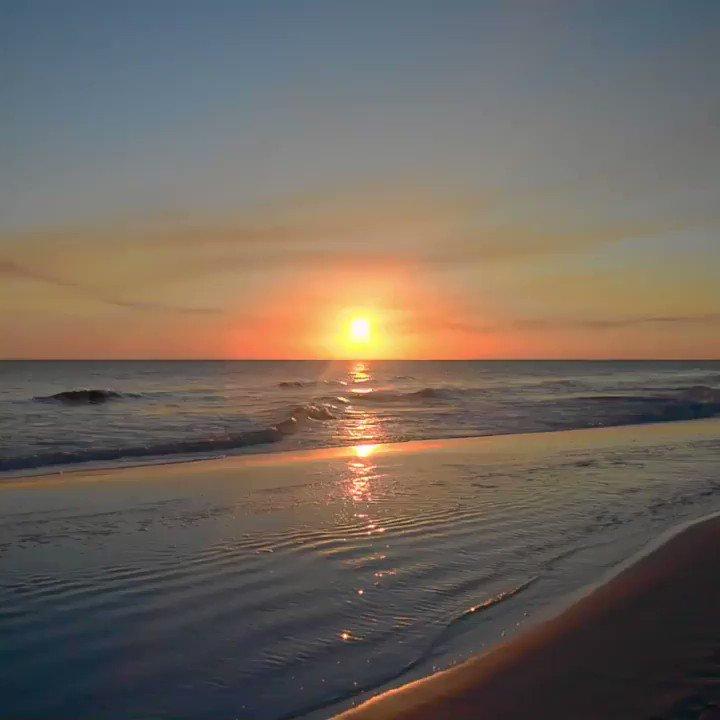 Cherish every sunset with us 🌅 https://t...
