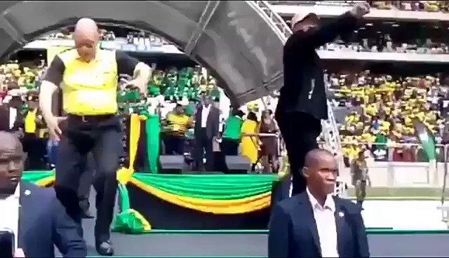uBaba ka Duduzane beyps #ZumaRecall #ZumaResponds