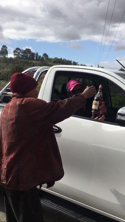 Hheyi ku busy eMzansi struu, waking up to all these news #UyangthandaNa & #NyanNyan are staged #ZumaHasFallen #ZumaResigns #GuptaRaid #Gupta #ANCTop6 #MorganTsvangirai #RIPMorganTsvangirai #Zimbabwe Morgan Tsvangirai #ZumaHasFallen #ZumaResigns I need a drink, #BalekaMbete uphi?