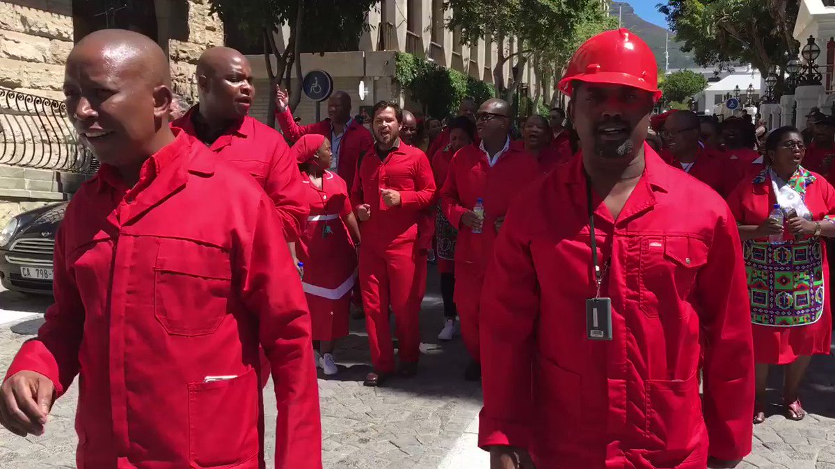 Julius Malema and the EFF walked out of parliament after refusing to take part in the election of a new president. #zumaresigns #PresidentElection 🎥@AJGMolyneaux