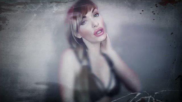 Model - Pornstar Gili Sky  heels