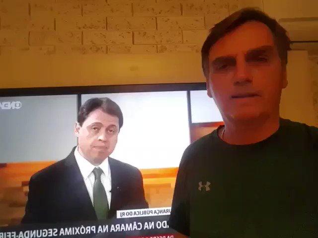 Sem mudarmos as Leis, que protegem os marginais, essa Intervenção será apenas um remendo. Jair Bolsonaro.