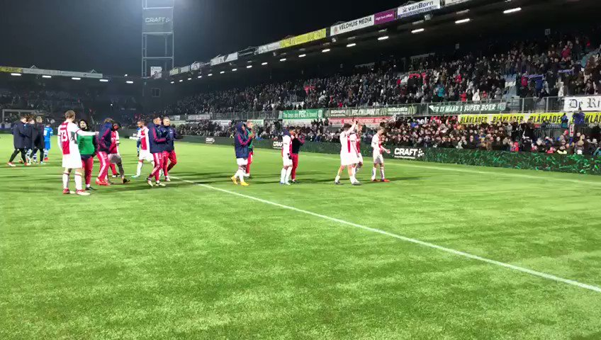 What a support! 🙌  #pecaja https://t.co/...
