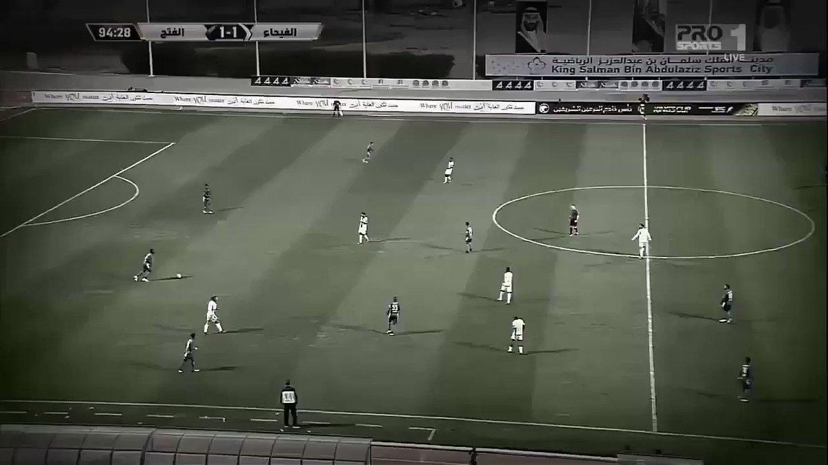 لقطة ختام / حكم كافر يوقف المباراة بسبب...