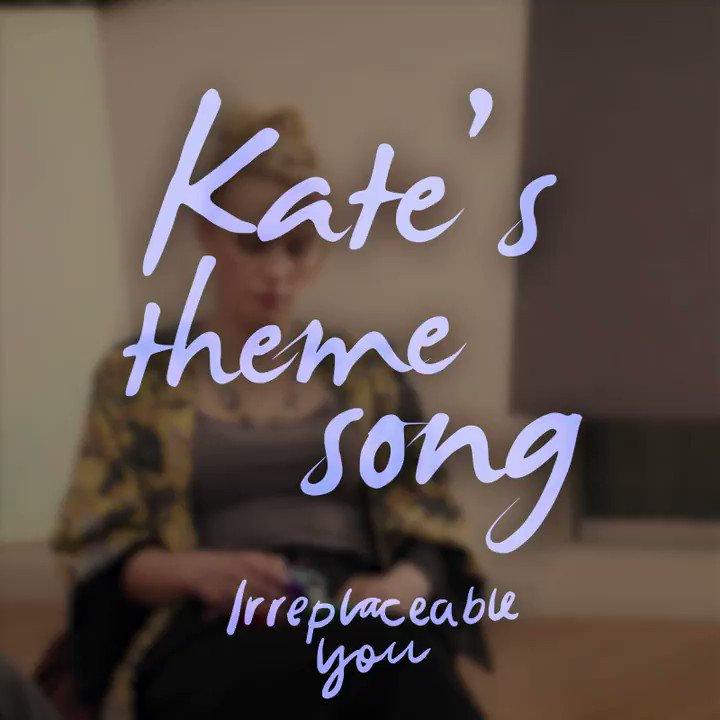 Kate McKinnon singing break! https://t.c...