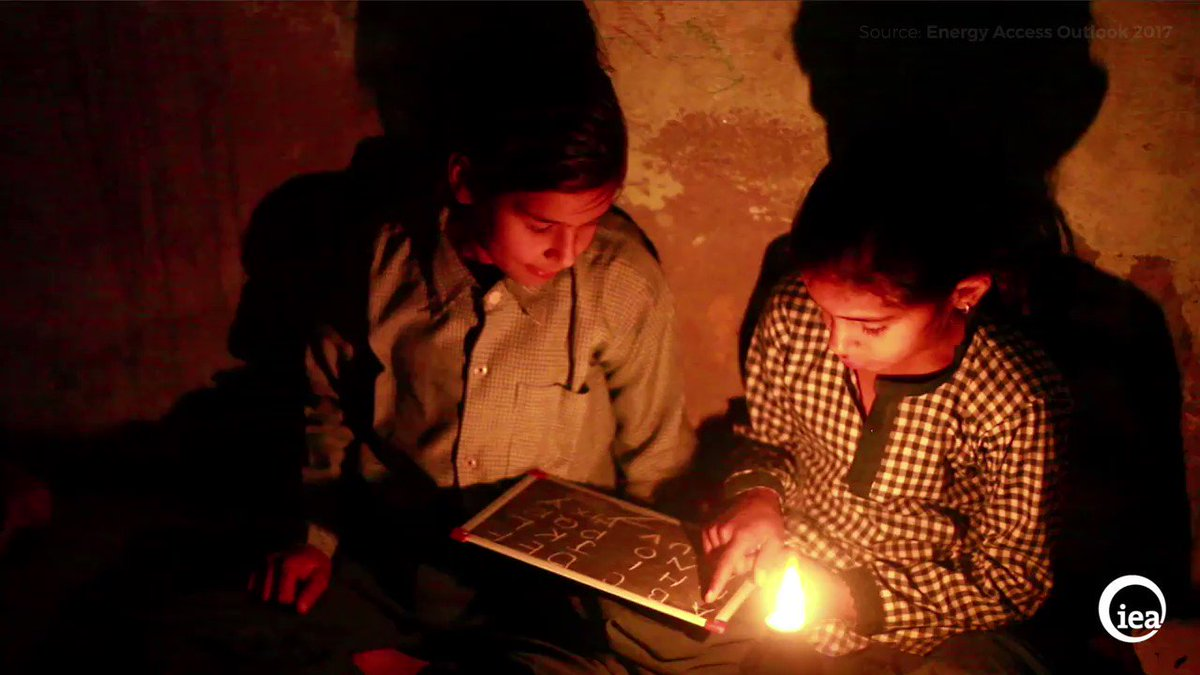 Energy Access Outlook 2017 shows how achieving energy for all by 2030 is possible. And the benefits far outweigh the costs https://t.co/pxTDmd8uzc #SDG7 #SDG7Conference