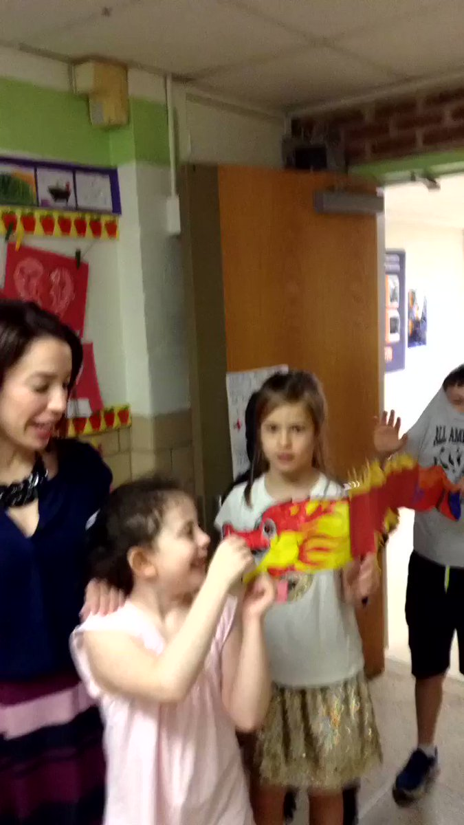 Ms. Romero's <a target='_blank' href='http://twitter.com/APSMcKCardinals'>@APSMcKCardinals</a> 3rd grade class celebrating Chinese New Year with a quick parade <a target='_blank' href='http://twitter.com/SRomero1227'>@SRomero1227</a> <a target='_blank' href='http://search.twitter.com/search?q=APSIsAwesome'><a target='_blank' href='https://twitter.com/hashtag/APSIsAwesome?src=hash'>#APSIsAwesome</a></a> <a target='_blank' href='https://t.co/exr0V5JB1f'>https://t.co/exr0V5JB1f</a>