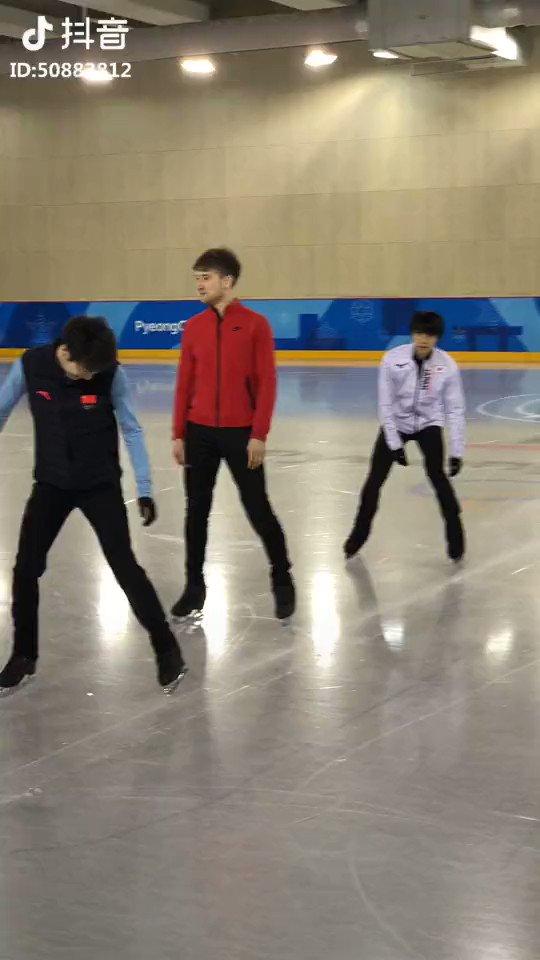 Let the speed skating start! #BoyangJin #YuzuruHanyu #MishaGe #JunhwanCha #ShomaUno #PyeongChang2018