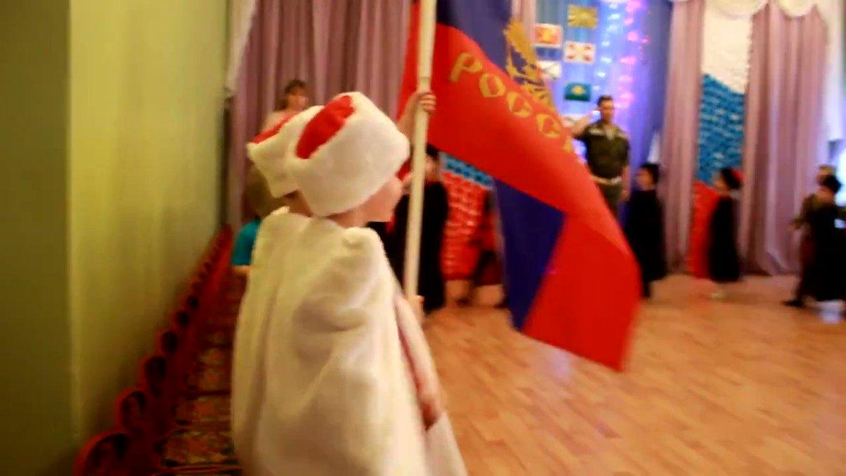 Хроника ебанария. Утренник в детском саду Питера на 23 февраля. Путинюнгер по всей стране.