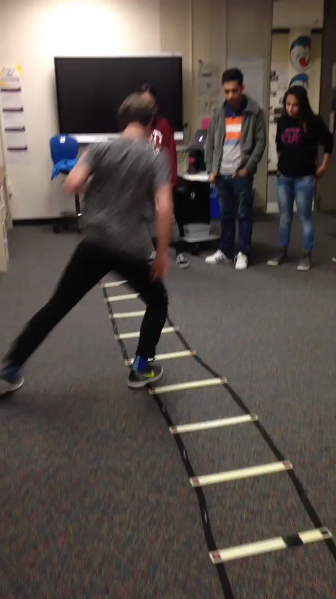 Quick feet! Agility warm up for soccer. <a target='_blank' href='http://twitter.com/APSCareerCenter'>@APSCareerCenter</a> <a target='_blank' href='http://twitter.com/ACCHilt_Inst'>@ACCHilt_Inst</a> <a target='_blank' href='http://twitter.com/arlingtontechcc'>@arlingtontechcc</a> <a target='_blank' href='https://t.co/hlJSnk1q0i'>https://t.co/hlJSnk1q0i</a>