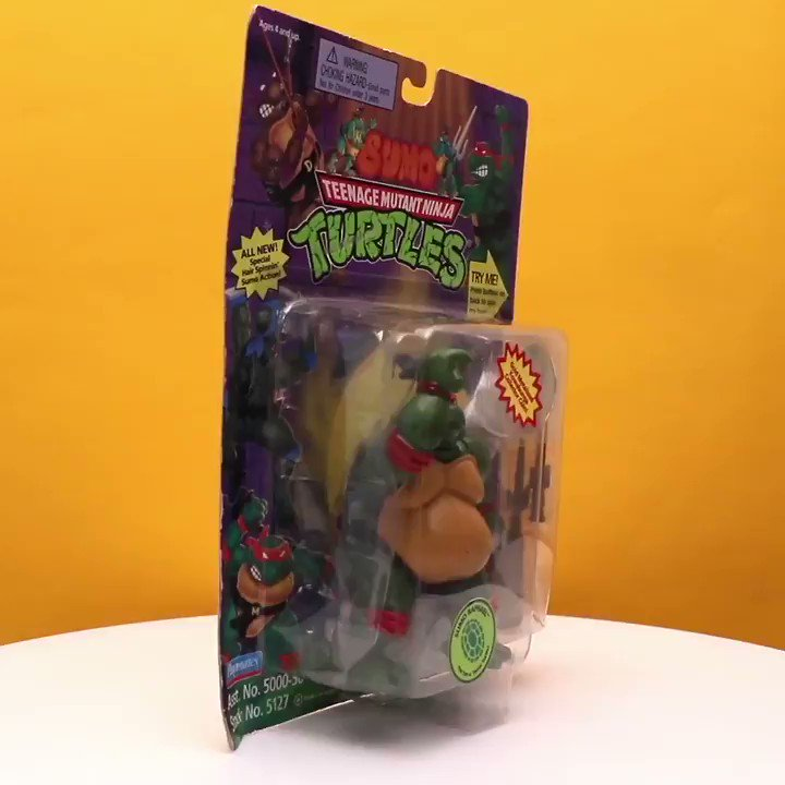 Unboxing a TMNT figure from 1995?! 😳 Cow...