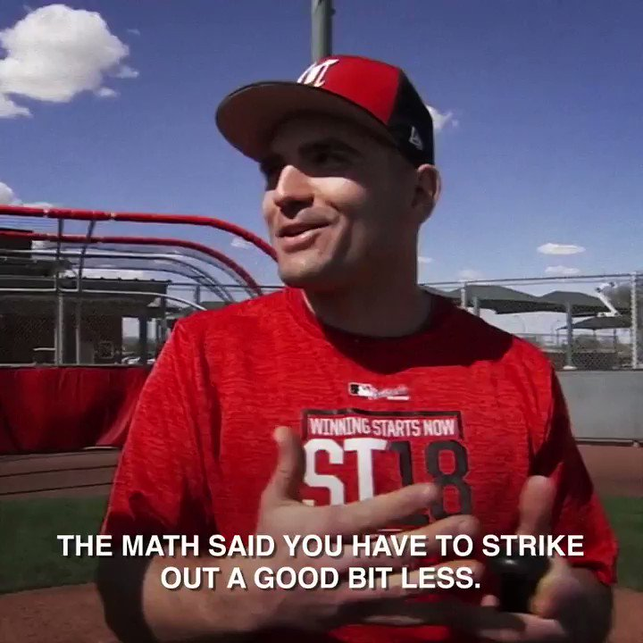 Welcome to Hitting 101.   Guest lecturer: @Reds' Joey Votto. Enjoy! https://t.co/ajWLqCGHte
