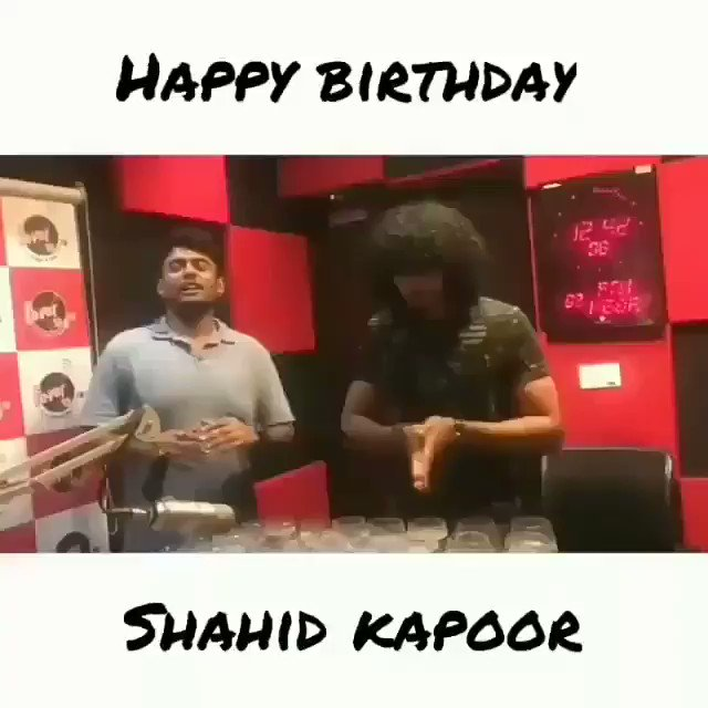 Happy birthday shahid Kapoor.