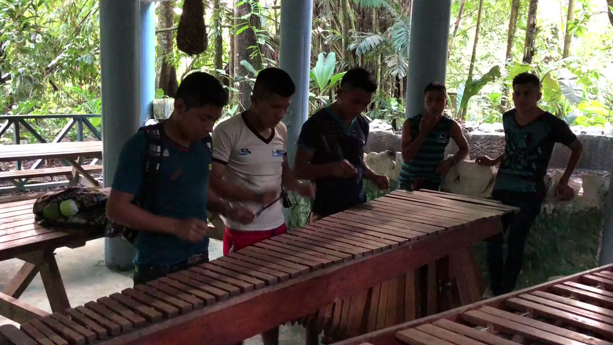 Ak' Tenamit jam session on the banks of the Rio Dulce. Listen to the marimba, a traditional instrument. @yogicoach #youngpeople  #Guatemala  #IndigenousPeople  #MusicaEsTodo  #connectwithculture #fun #Selfesteem
