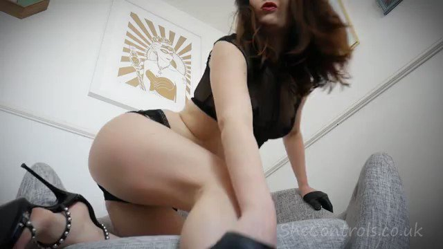 This #clip is hot! Just sold! The bitch...