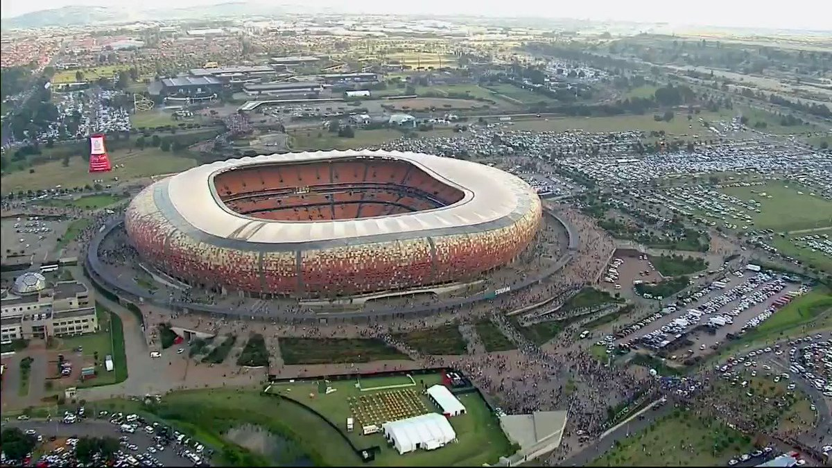 #SowetoDerby Review RT if you like these STATS: 3rd Day of the Month 3rd Month of the Year 3rd Q innovation of the Season #3 Lorch scored opening goal 3 goals conceded by Khune for the 1st time this season @orlandopirates 3-1 @KaizerChiefs ⚫️⚪️🔴⭐️☠️☠️☠️ #OnceAlways
