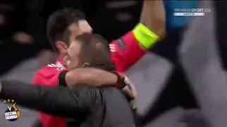 Quedate con el que te abrace como Buffon a Higuaín y Dybala 😍😍😍