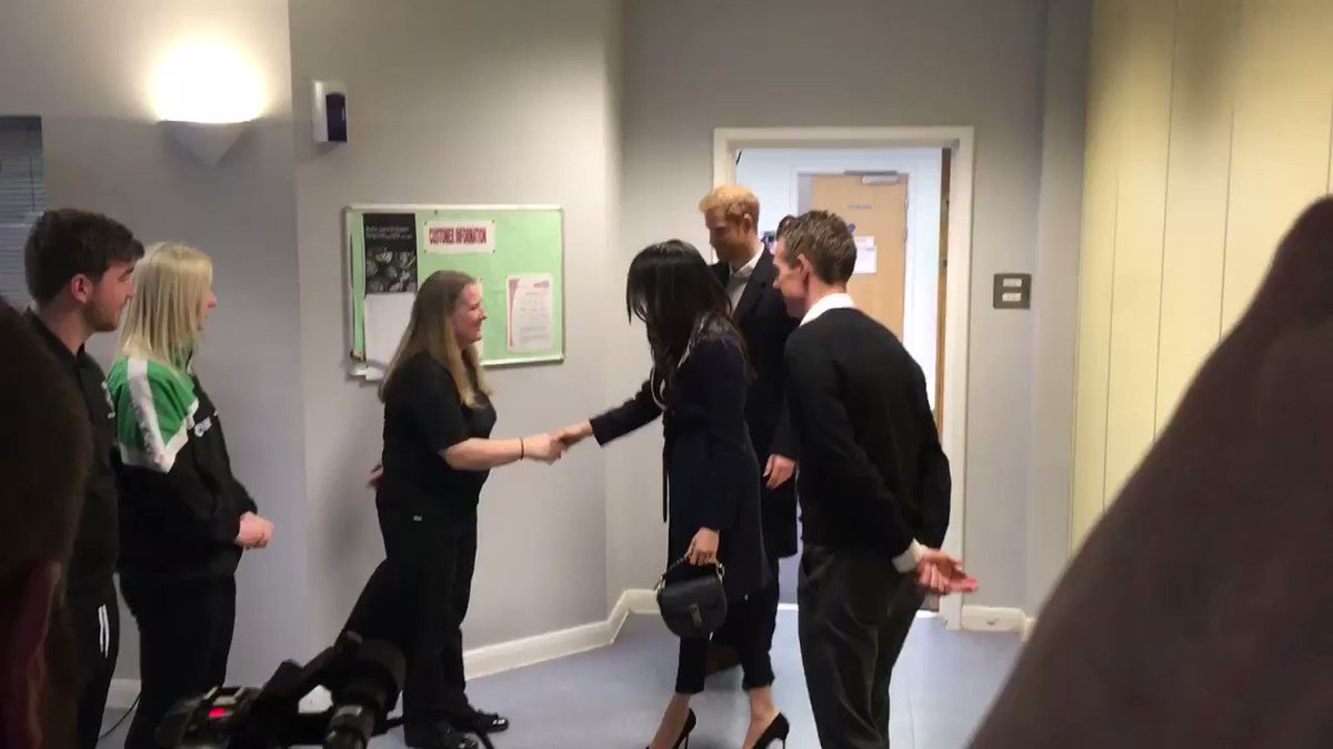 Prince Harry and Meghan Markle have just arrived at the Nechells Wellbeing Centre to join Birminghams @WeAreCoachCore apprentices The scheme was designed by the Royal Foundation to train young people to become sports coaches in #Birmingham #RoyalVisit #HeartNews
