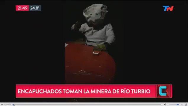 Ayer en TN aseguraron que habían tomado la mina de Río Turbio. En realidad, el video fue grabado en un taller mecánico por el Zorro Martínez, empleado del titular de la seguridad de YCRT, Cristín Rodríguez. Siguen los papelones del periodismo local 🤦🏻♂️