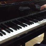 皆さんも1度はCMやドラマで耳にしたことがあるはず♪米津玄師さんのピアノメドレーがスゴイ!