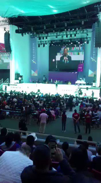 ▶VIDEO | Así recibieron a @JoseAMeadeK en el estadio #Akron en #Guadalajara https://t.co/TvJ9gexOvC https://t.co/FnlKcSf3To