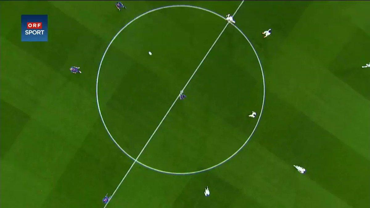 El Chelsea solo tocó el balón dos veces antes del primer gol de Messi