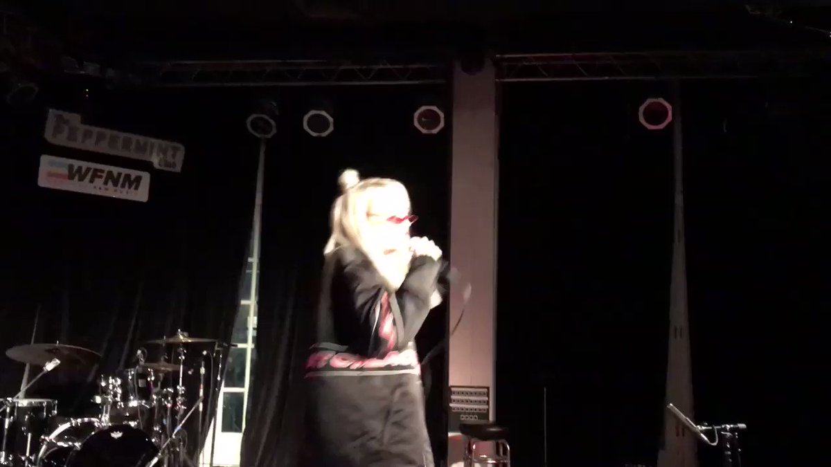 Vid #2 from @kimpetras show cause we loved it that much 😎 @PeppermintClub_ @wfnm
