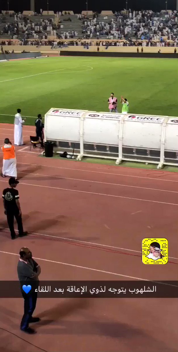 محمد الشلهوب يلبي طلب ذوي الإعاقة بعد ال...