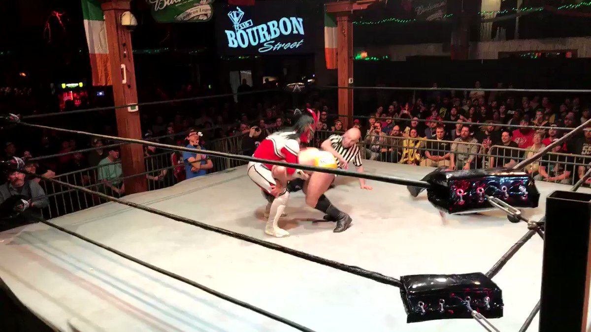 Liger bomb by @Liger_NJPW  Buster Call by @GoGoACH   #AAWEPIC #aaw #aawpro @aawpro @2heelsandaface @pw_dotcom @BelowTheBeltWS @njpwglobal @NJPWgifs @RobViper