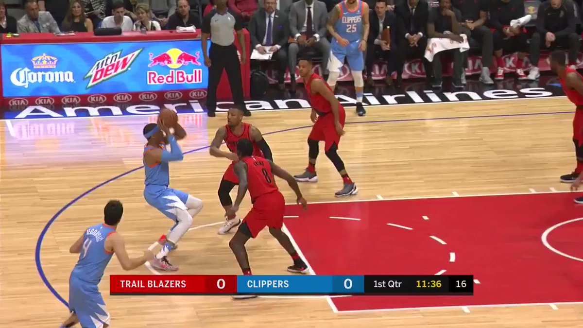 Tobias Harris splashes the J to get things started on @NBATV   #RipCity x #ItTakesEverything https://t.co/ZCrjwvwyB9