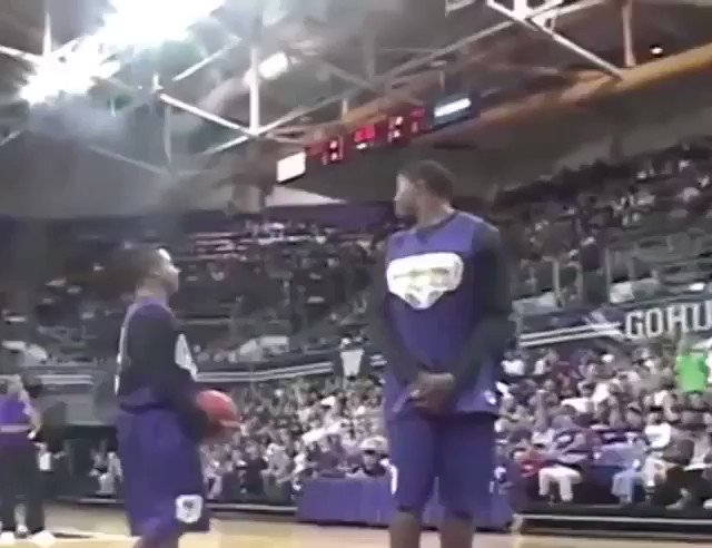 Isaiah Thomas dunking over a 7 footer in college�� https://t.co/udum2vW4Hk