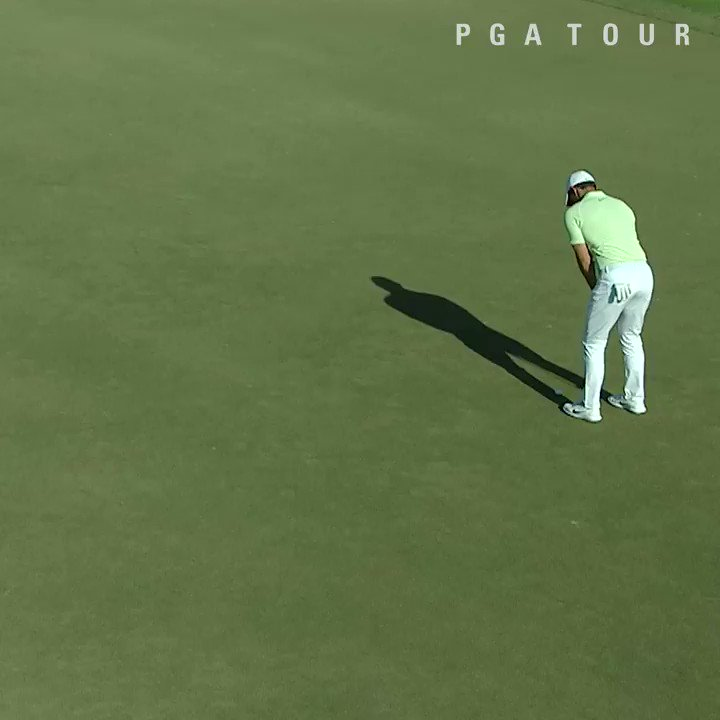 The big drives. ✅  Laser-like irons. ✅  Clutch putts. ✅    @McIlroyRory caught everyone's attention on Sunday. https://t.co/fWHHDwFJXo